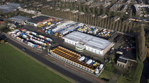 Varastoalue CRM Trucks & Trailers BV