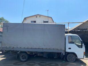 ISUZU NkR55 pressukapelli kuorma-auto