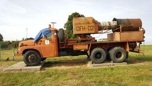 TATRA 148 sotilaskuorma-auto