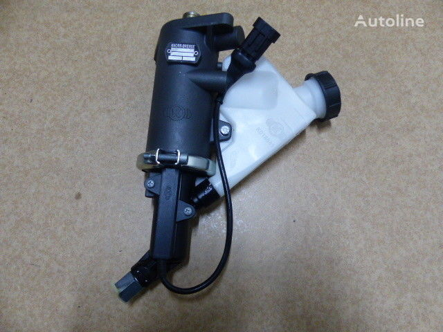 IVECO EuroCargo Tector  kuorma-auto IVECO Kupplungsgeberzylinder (5801317172) kytkimen pääsylinteri