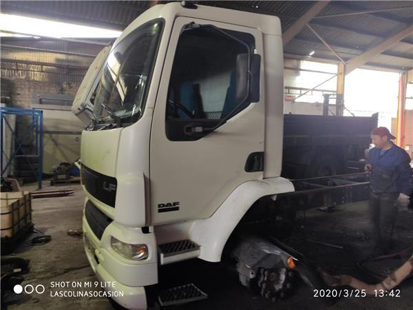 DAF Serie LF55.XXX desde 06 Fg 4x2 [6,7 Ltr. - 184 kW Diesel] kuorma-auto Puerta Delantera Izquierda DAF Serie LF55.XXX desde 06 Fg 4x2 [6 (1400728) ovi