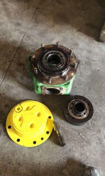 JOHN DEERE 6620 traktori vetopyörästö
