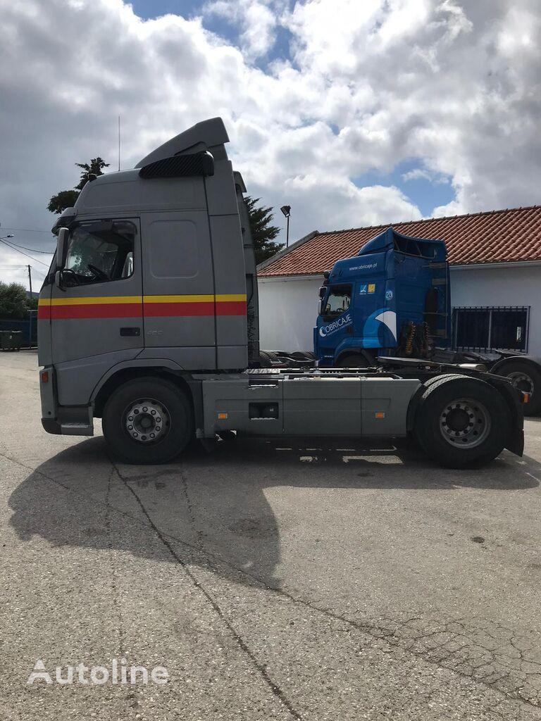 VOLVO FH12 460 vetopöytäauto